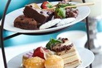 High Tea boot - Hotel Avifauna