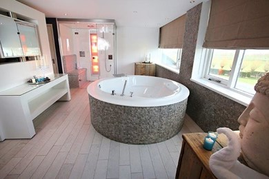 Suites met een jacuzzi of een bubbelbad van der valk suites