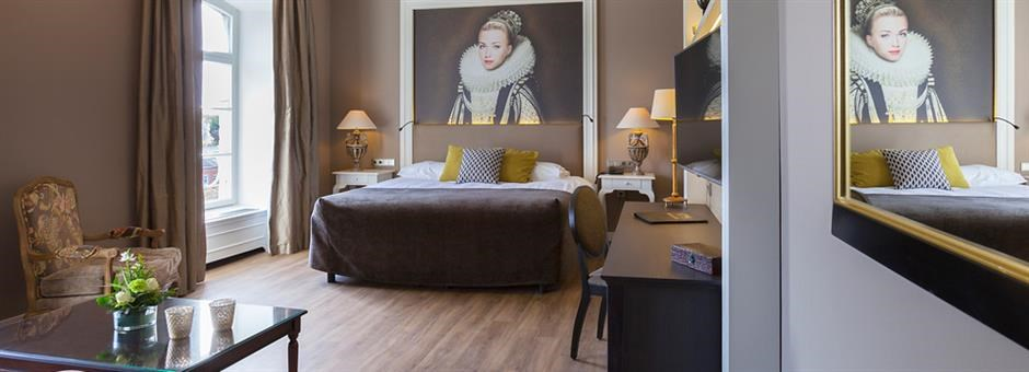 Luxurious castle room - Hotel Kasteel Bloemendal