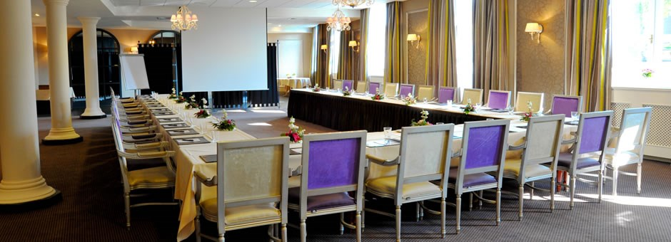 Successful meeting   in a exclusive meeting room - Hotel Kasteel Bloemendal
