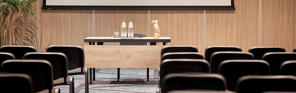 For every meeting a suitable meeting room
