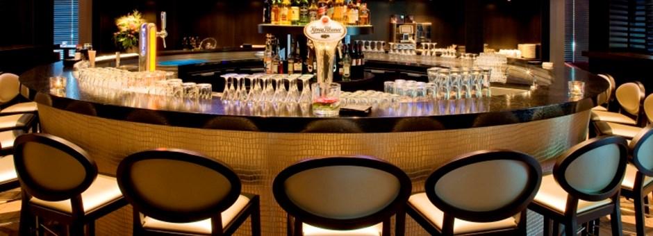 gastronomie sommer terrasse brasserie max restaurant zizou beau bar familienbrunch live. Black Bedroom Furniture Sets. Home Design Ideas
