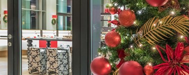 "Airporthotel Duesseldorf - ""Merry Christmas"" Arrangement - 4 days"