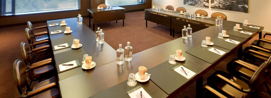 we will gladly host your best events - Airporthotel Duesseldorf