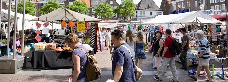 Go shopping at the weekly market - Hotel Middelburg