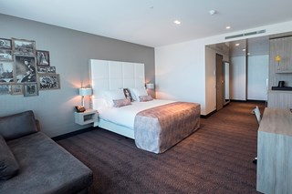 Kamers suites van der valk hotel utrecht for Kamer utrecht