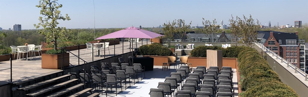 Plan your wedding in our rooftop garden